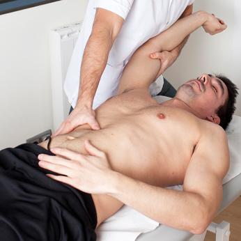 muskulösen Körper dehnen